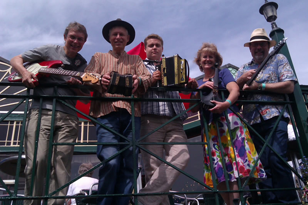 Geckoes- Broadstairs Folk Week - August 2012